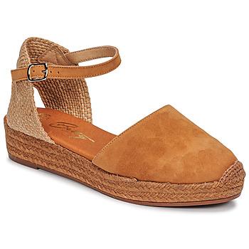 Topánky Ženy Sandále Betty London ANTALA Koňaková
