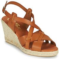 Topánky Ženy Sandále Betty London OSAVER Ťavia hnedá