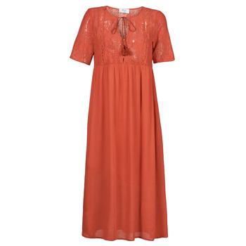 Oblečenie Ženy Dlhé šaty Betty London ORVILLE Červená hrdzavá