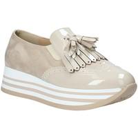 Topánky Ženy Slip-on Grace Shoes MAR016 Béžová