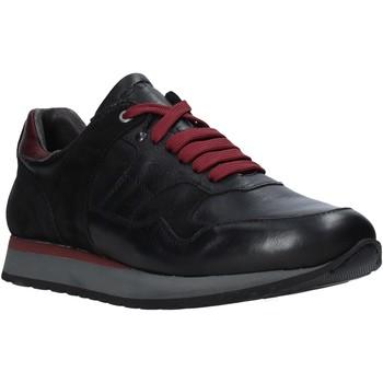 Topánky Muži Nízke tenisky Exton 591 čierna