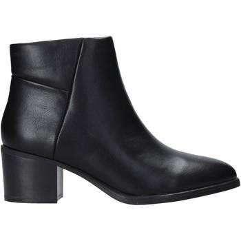 Topánky Ženy Polokozačky Gold&gold B20 GU76 čierna