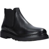 Topánky Muži Polokozačky Exton 711 čierna