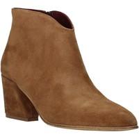 Topánky Ženy Čižmičky Bueno Shoes 20WR5102 Hnedá