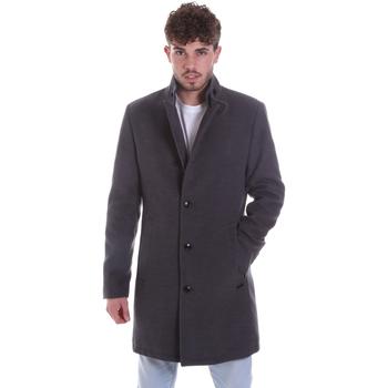 Oblečenie Muži Kabáty Gaudi 021GU35065 Šedá