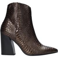 Topánky Ženy Čižmičky Grace Shoes 724K004 Hnedá