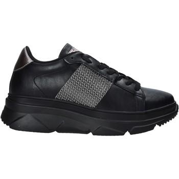 Topánky Ženy Nízke tenisky Gold&gold B20 GA589 čierna