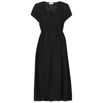 Oblečenie Ženy Dlhé šaty Betty London ODAME Čierna