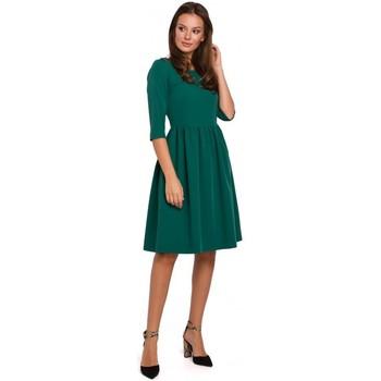 Oblečenie Ženy Krátke šaty Makover K010 Priliehavé šaty s naberaným pásom - zelené