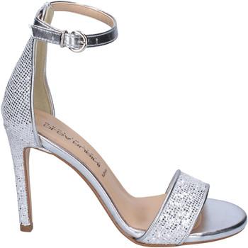 Topánky Ženy Sandále Olga Rubini Sandále BJ401 Striebro