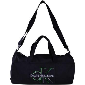 Tašky Muži Cestovné tašky Calvin Klein Jeans K50K506349 Nero
