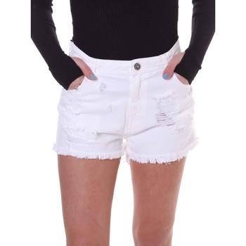 Oblečenie Ženy Šortky a bermudy Fornarina BE172B92D877KM Biely