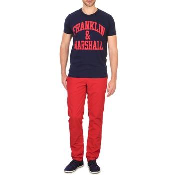 Oblečenie Muži Nohavice Chinos a Carrot Franklin & Marshall GLADSTONE Červená