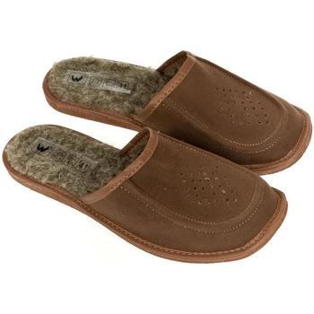 Topánky Muži Papuče John-C Pánske hnedé kožené papuče ROKY hnedá