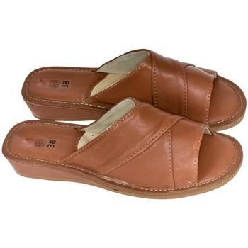 Topánky Ženy Papuče John-C Dámske hnedé papuče RITA hnedá
