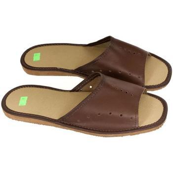 Topánky Muži Papuče John-C Pánske hnedé papuče TREVOR hnedá
