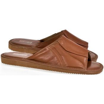 Topánky Muži Šľapky Just Mazzoni Luxusné pánske hnedé kožené papuče GERRY hnedá