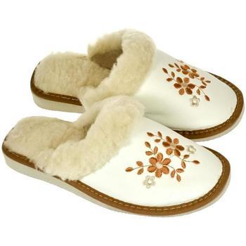 Topánky Ženy Papuče John-C Dámske hnedé papuče MALVINA ťavia