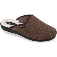 Topánky Muži Papuče Mjartan Pánske hnedé papuče  GABRIEL hnedá