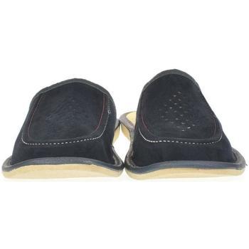 Topánky Muži Papuče Just Mazzoni Pánske modré kožené papuče LACO granátová