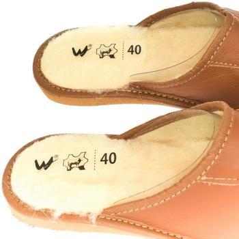 Topánky Muži Papuče Just Mazzoni Pánske luxusné hnedé kožené papuče MIŠO ťavia