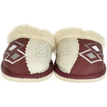 Topánky Ženy Papuče John-C Dámske bordové kožené papuče MILICA bordová