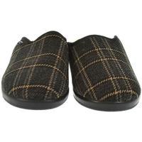 Topánky Muži Papuče Mjartan Pánske papuče  MIKI hnedá