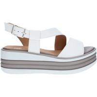 Topánky Ženy Sandále Tres Jolie 1998/FOX WHITE