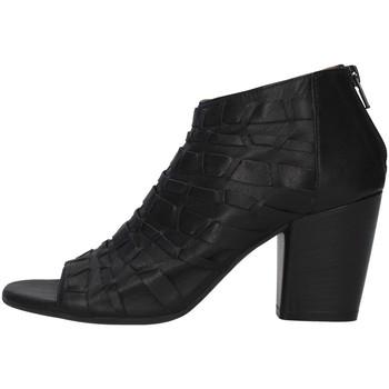 Topánky Ženy Čižmičky Bueno Shoes 20WQ2900 BLACK