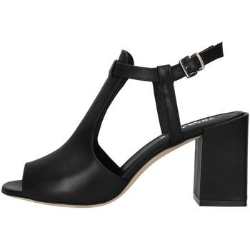 Topánky Ženy Sandále Tres Jolie 2025/BUY BLACK