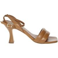 Topánky Ženy Sandále Paola Ferri D7439 Brown leather