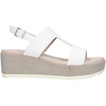 Topánky Ženy Sandále Comart 503463NL White