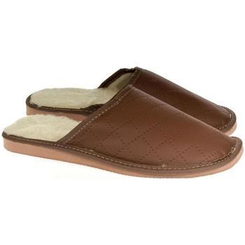 Topánky Muži Papuče John-C Pánske hnedé papuče LINES hnedá