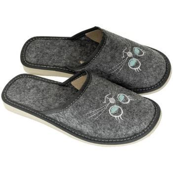 Topánky Ženy Papuče John-C Dámske sivé papuče KATT sivá
