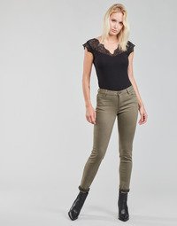 Oblečenie Ženy Nohavice päťvreckové Morgan PETRA Zelená