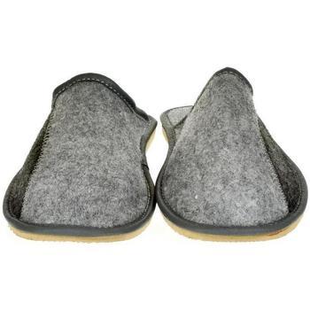 Topánky Muži Papuče Just Mazzoni Pánske sivé papuče HENRIK sivá