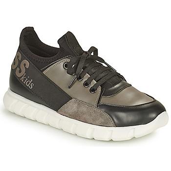 Topánky Chlapci Nízke tenisky Guess BRODY Čierna