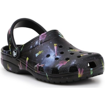 Topánky Deti Sandále Crocs Classic Out Of This World II 206818-001 black