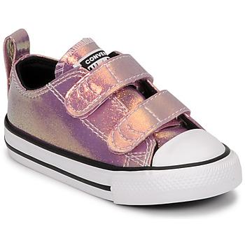 Topánky Dievčatá Nízke tenisky Converse CHUCK TAYLOR ALL STAR 2V IRIDESCENT GLITTER OX Ružová