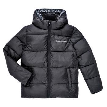 Oblečenie Chlapci Vyteplené bundy Calvin Klein Jeans LITHERA Čierna