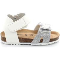 Topánky Dievčatá Sandále Grunland SB1716 Biely