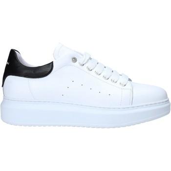 Topánky Muži Nízke tenisky Exton 955 Biely