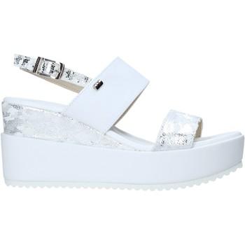 Topánky Ženy Sandále Valleverde 32437 Biely