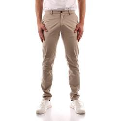 Oblečenie Muži Nohavice Chinos a Carrot Trussardi 52P00000 1Y000168 GREEN