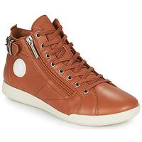 Topánky Ženy Členkové tenisky Pataugas PALME Ťavia hnedá