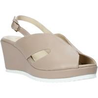 Topánky Ženy Sandále Esther Collezioni ZB 115 Béžová