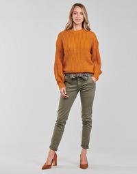 Oblečenie Ženy Nohavice Chinos a Carrot Le Temps des Cerises LIDY900 Kaki