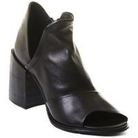 Topánky Ženy Čižmičky Rebecca White T0504 |Rebecca White| D??msk?? kotn??kov?? boty z ?ern?? telec?? k??e,
