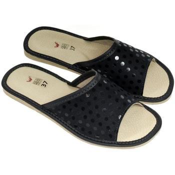 Topánky Ženy Papuče John-C Dámske luxusné kožené tmavomodré papuče MATILDA tmavomodrá