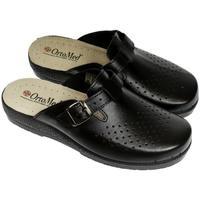 Topánky Muži Nazuvky Mjartan Pánske kožené čierne papuče  DEREK čierna